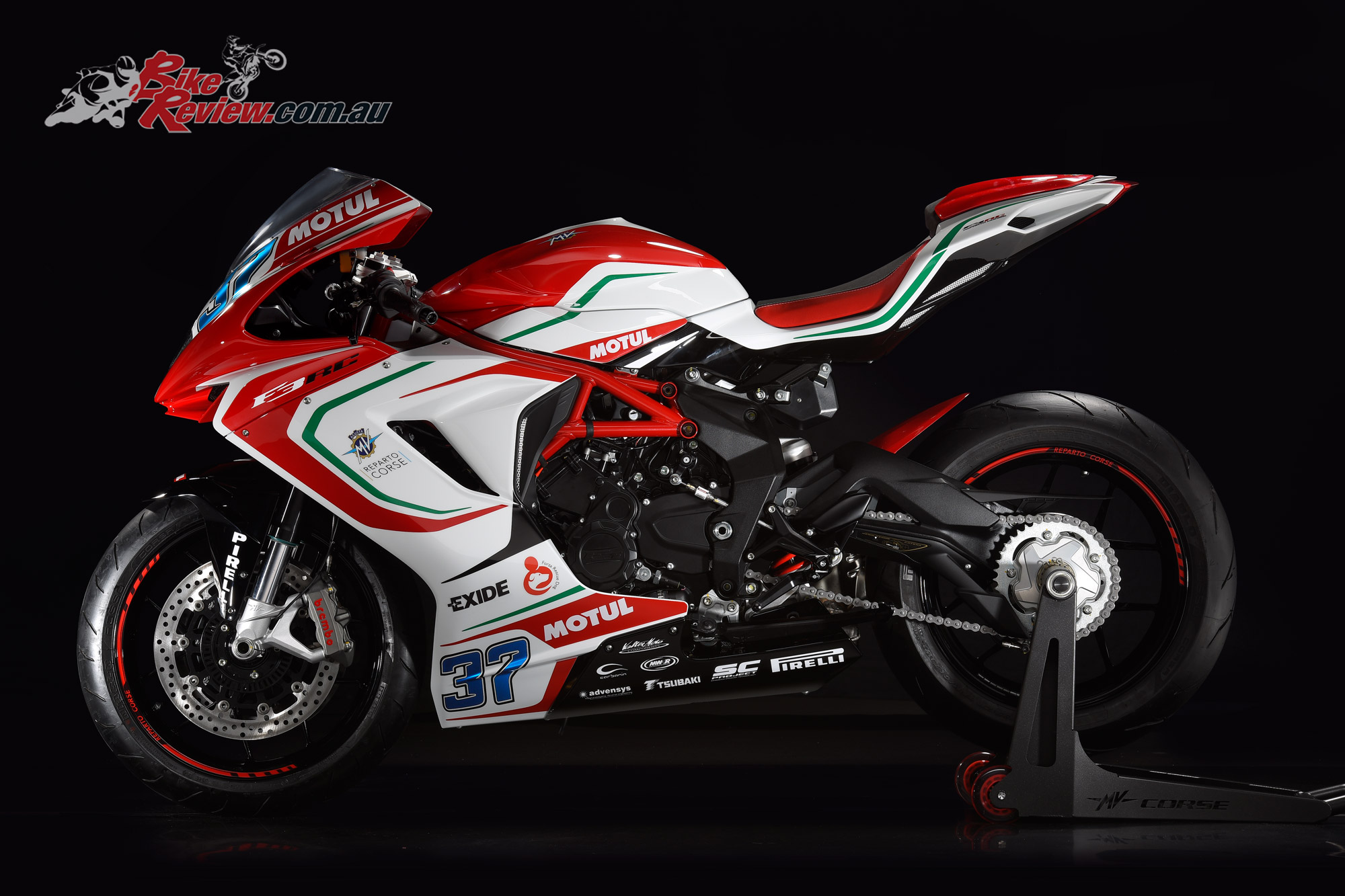 2017 mv agusta f3 rc unveiled bike review. Black Bedroom Furniture Sets. Home Design Ideas