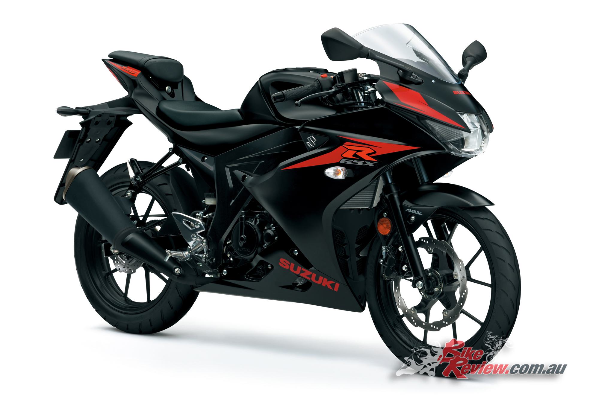 all new suzuki gsx r125 breaks cover bike review. Black Bedroom Furniture Sets. Home Design Ideas