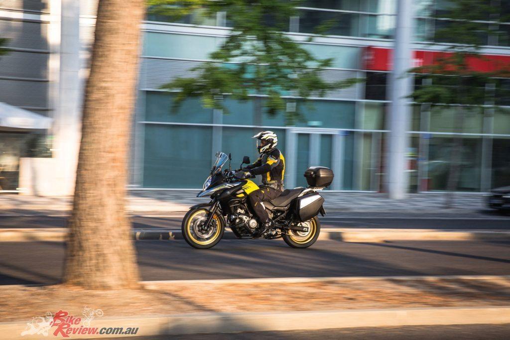 2017-Suzuki-V-Strom-650-650XT---Bike-Review-(2)