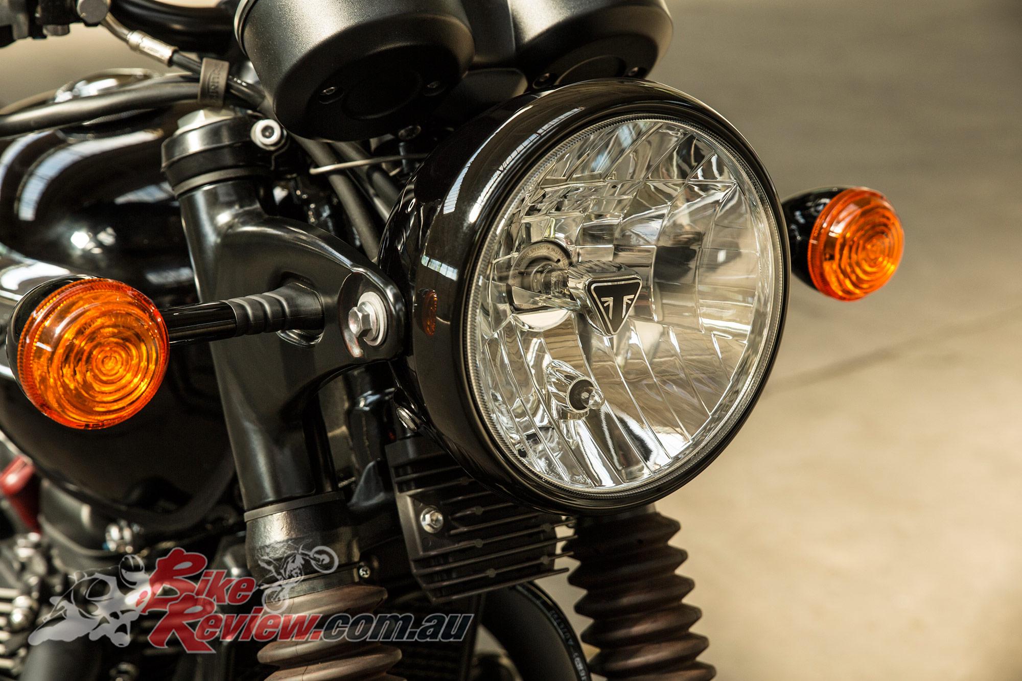 All New Triumph Bonneville T100 T100 Black Bike Review