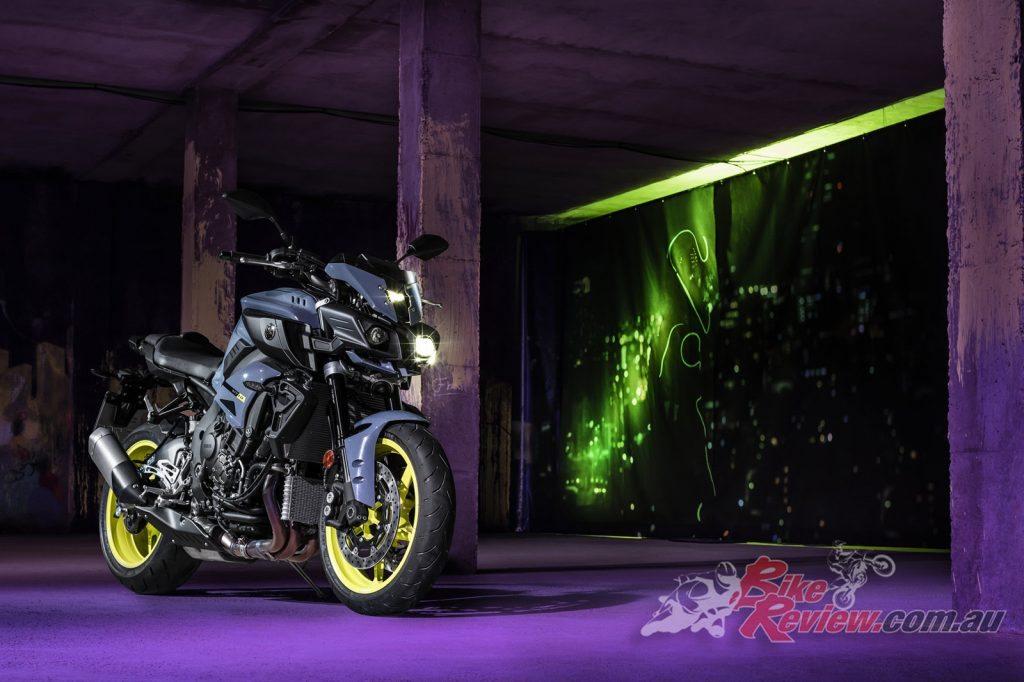 2017 Yamaha MT-10, Night Fluo