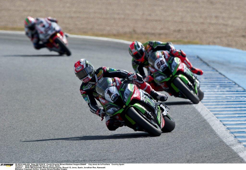 Kawasaki duo in pursuit of Davies