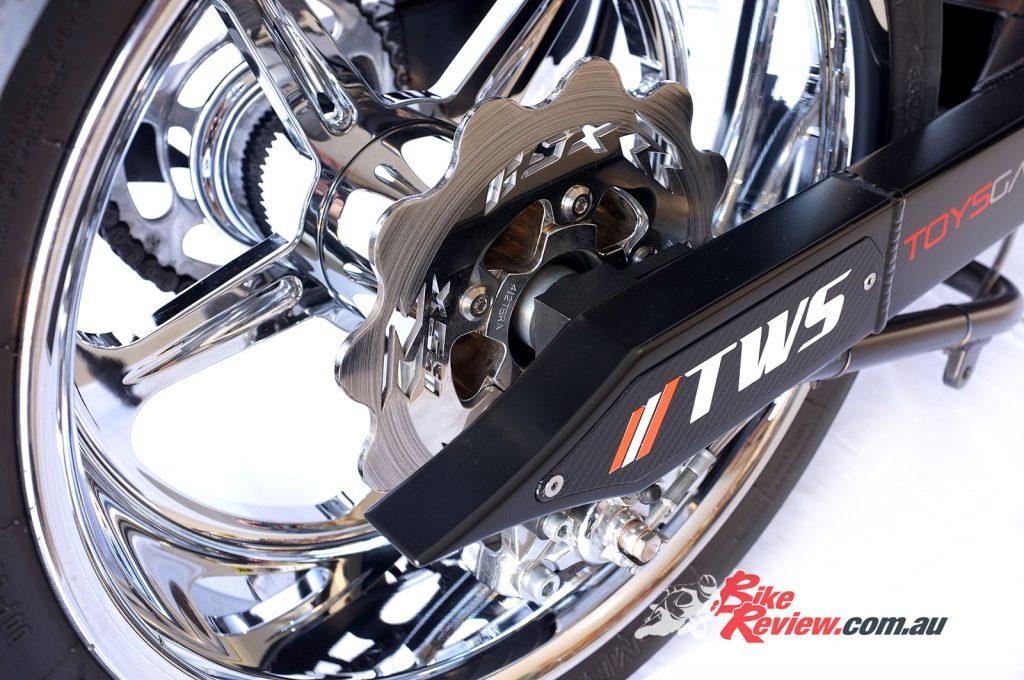 NOS-Suzuki-GSX-R1000-Bike-Review-(20)