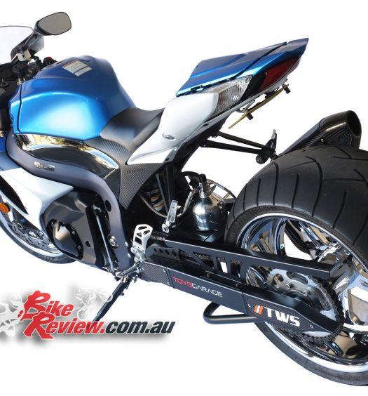 NOS-Suzuki-GSX-R1000-Bike-Review-(9)