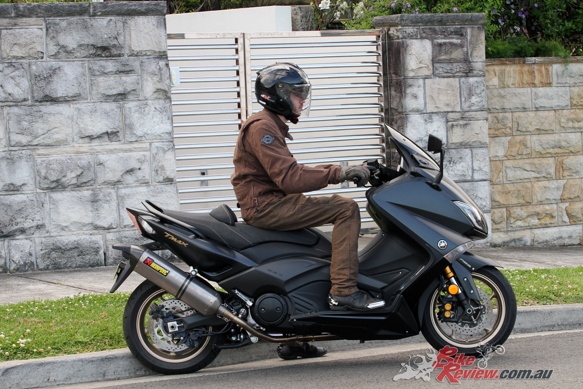 Review 2016 Yamaha Tmax 530 Iron Max Bike Review