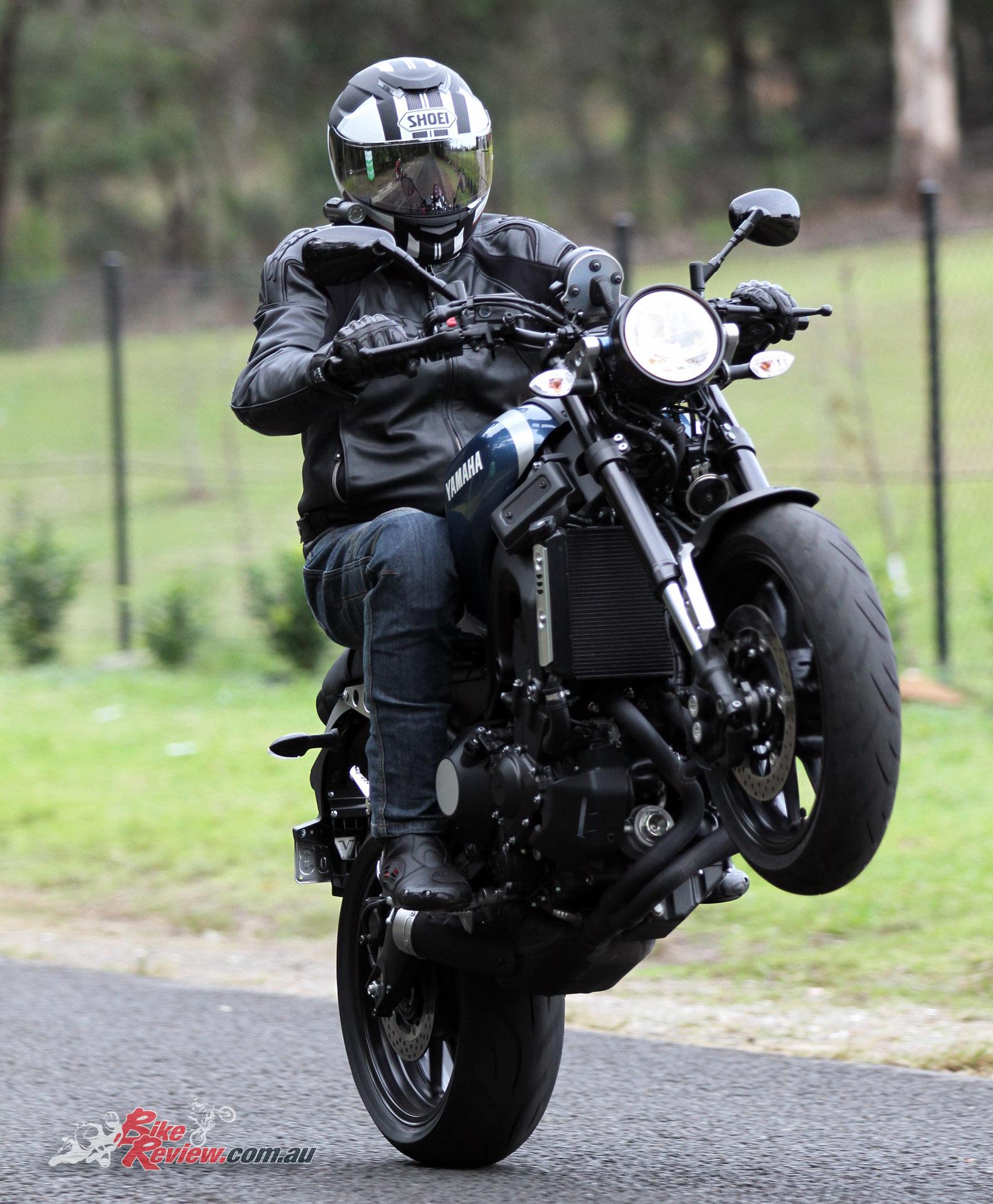 Review: 2017 Yamaha XSR900