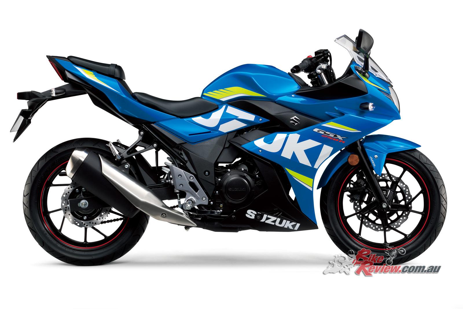 2017 Suzuki GSX250R, Metallic Triton Blue