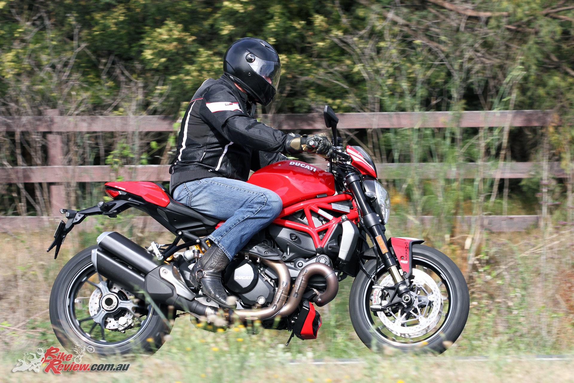 review 2016 ducati monster 1200 r bike review. Black Bedroom Furniture Sets. Home Design Ideas