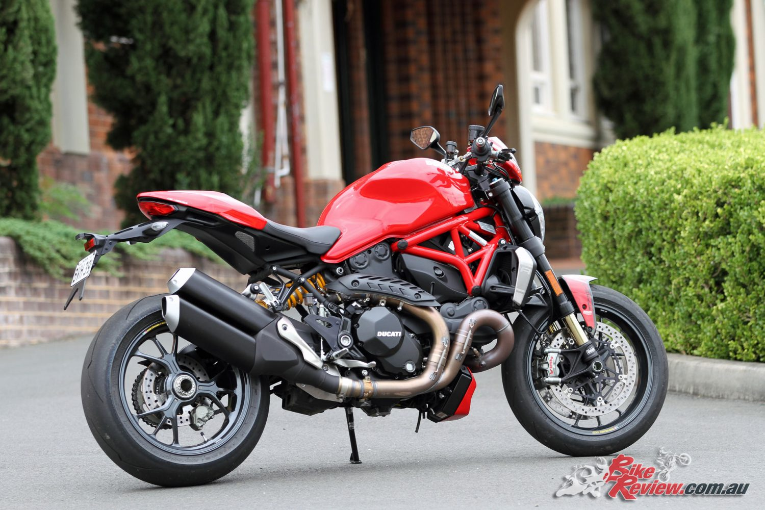 review 2016 ducati monster 1200 r bike review. Black Bedroom Furniture Sets. Home Design Ideas