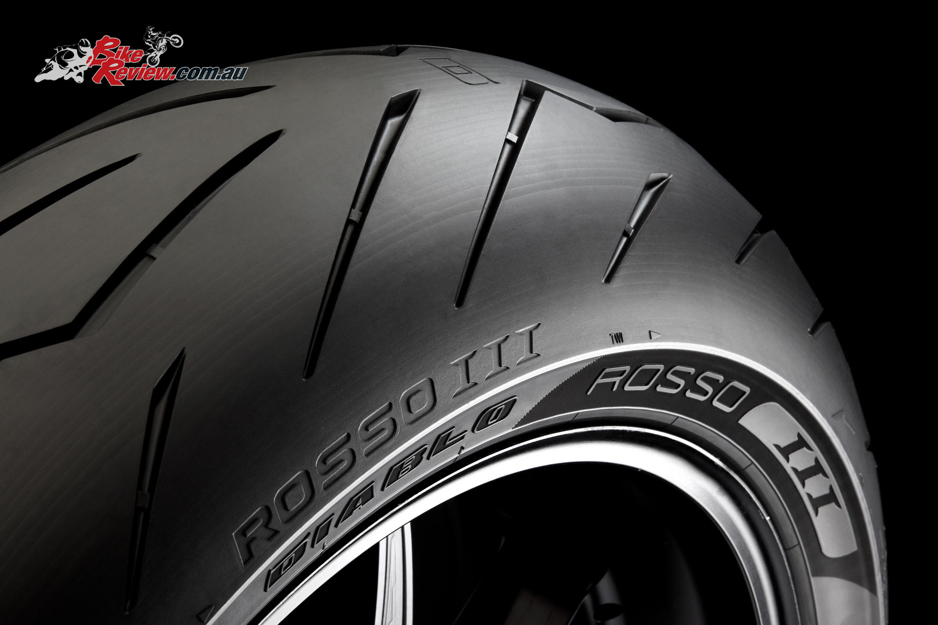New Product Pirelli Diablo Rosso Iii Tyres Bike Review
