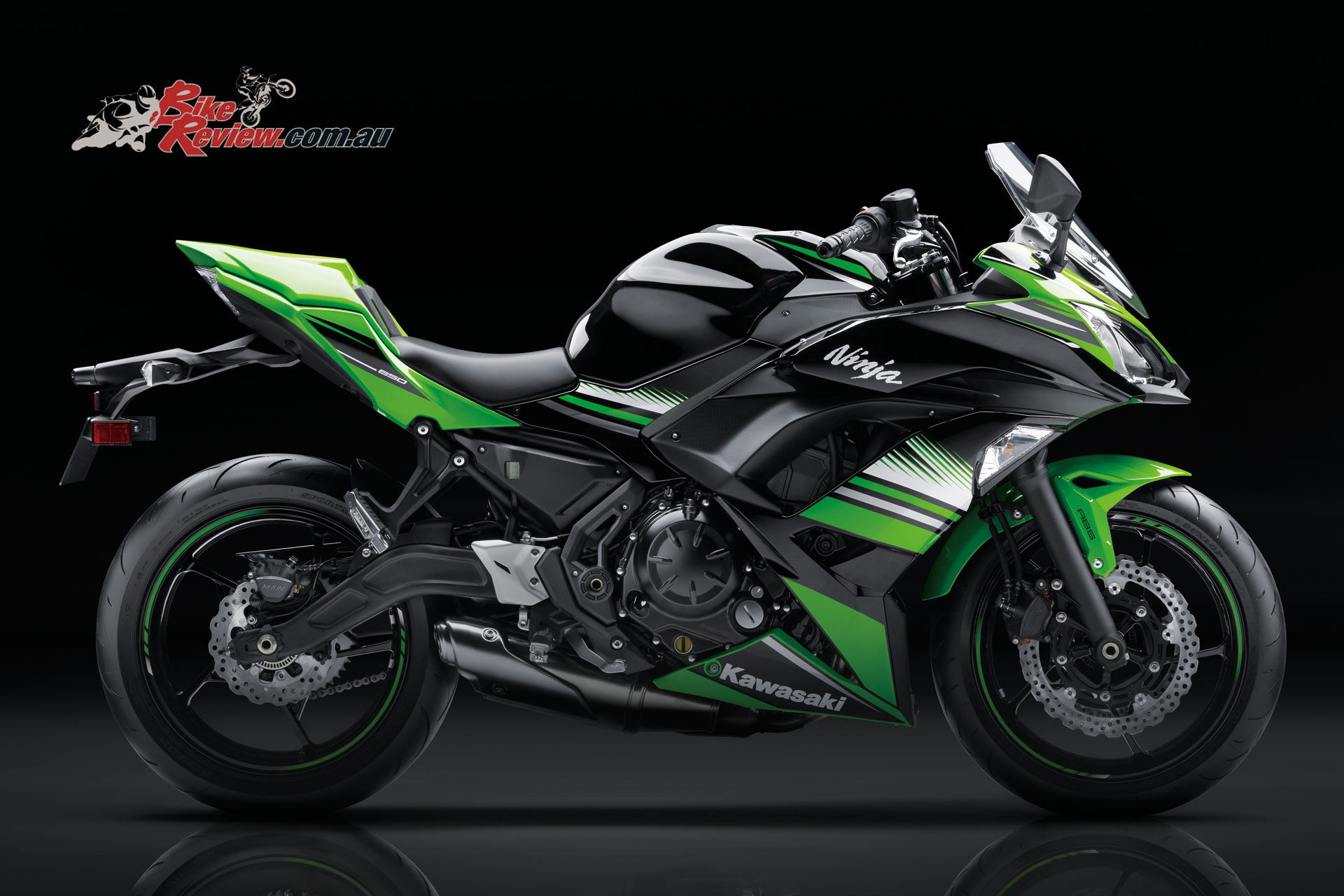 kawasaki 39 s 2017 ninja 650 650l available now bike review. Black Bedroom Furniture Sets. Home Design Ideas