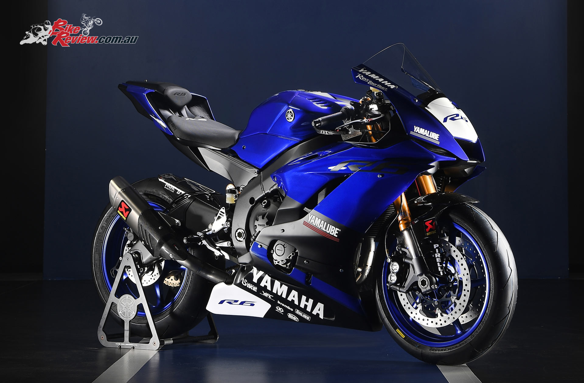 2017 yamaha yzf r6 39 racing edition 39 bike review. Black Bedroom Furniture Sets. Home Design Ideas