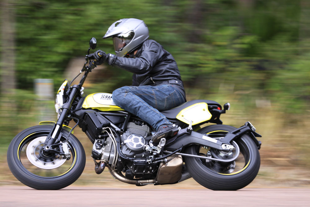Review 2016 Ducati Scrambler Flat Track Pro Bike Review