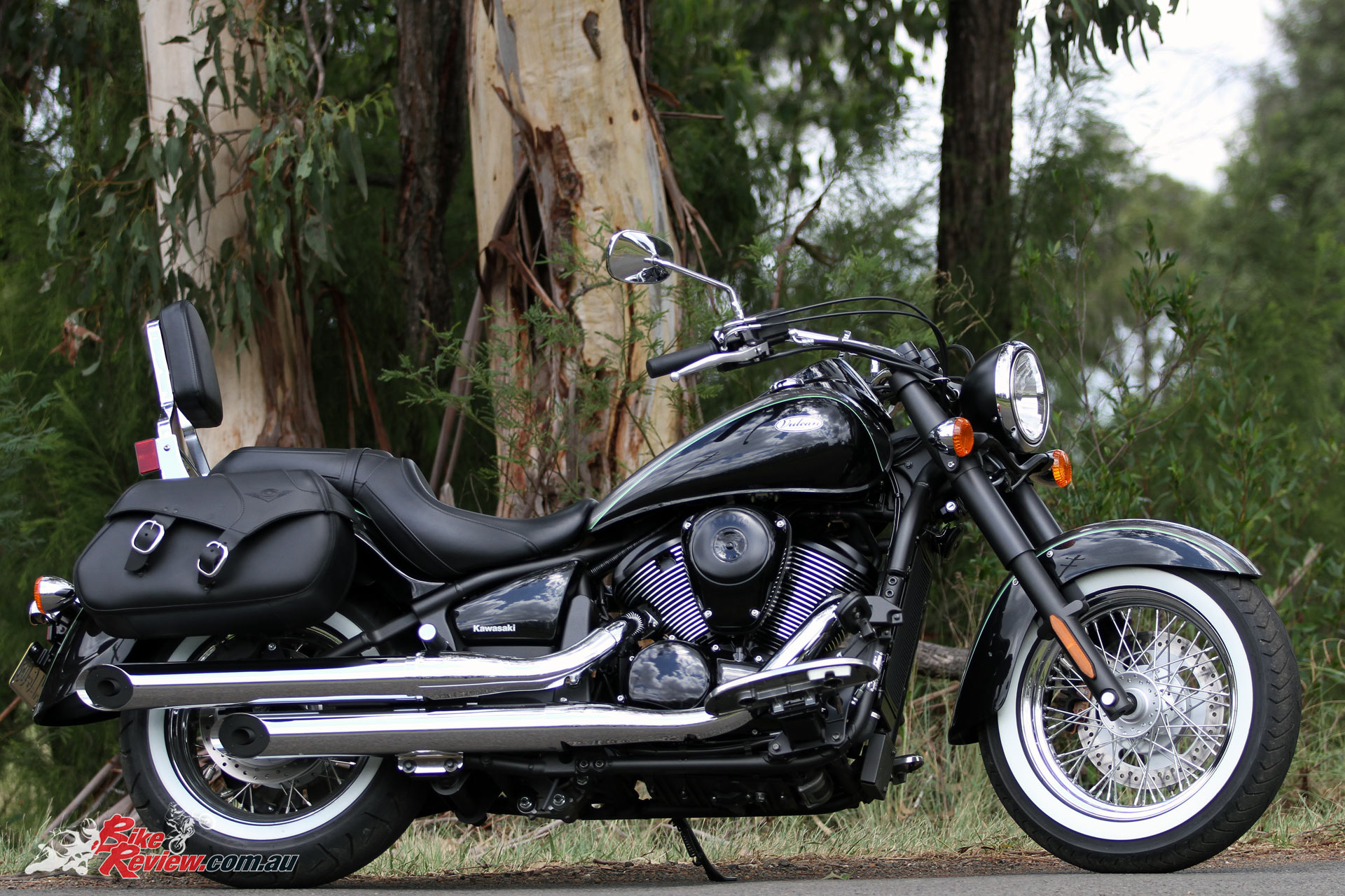 quick test kawasaki vulcan 900 classic bike review. Black Bedroom Furniture Sets. Home Design Ideas