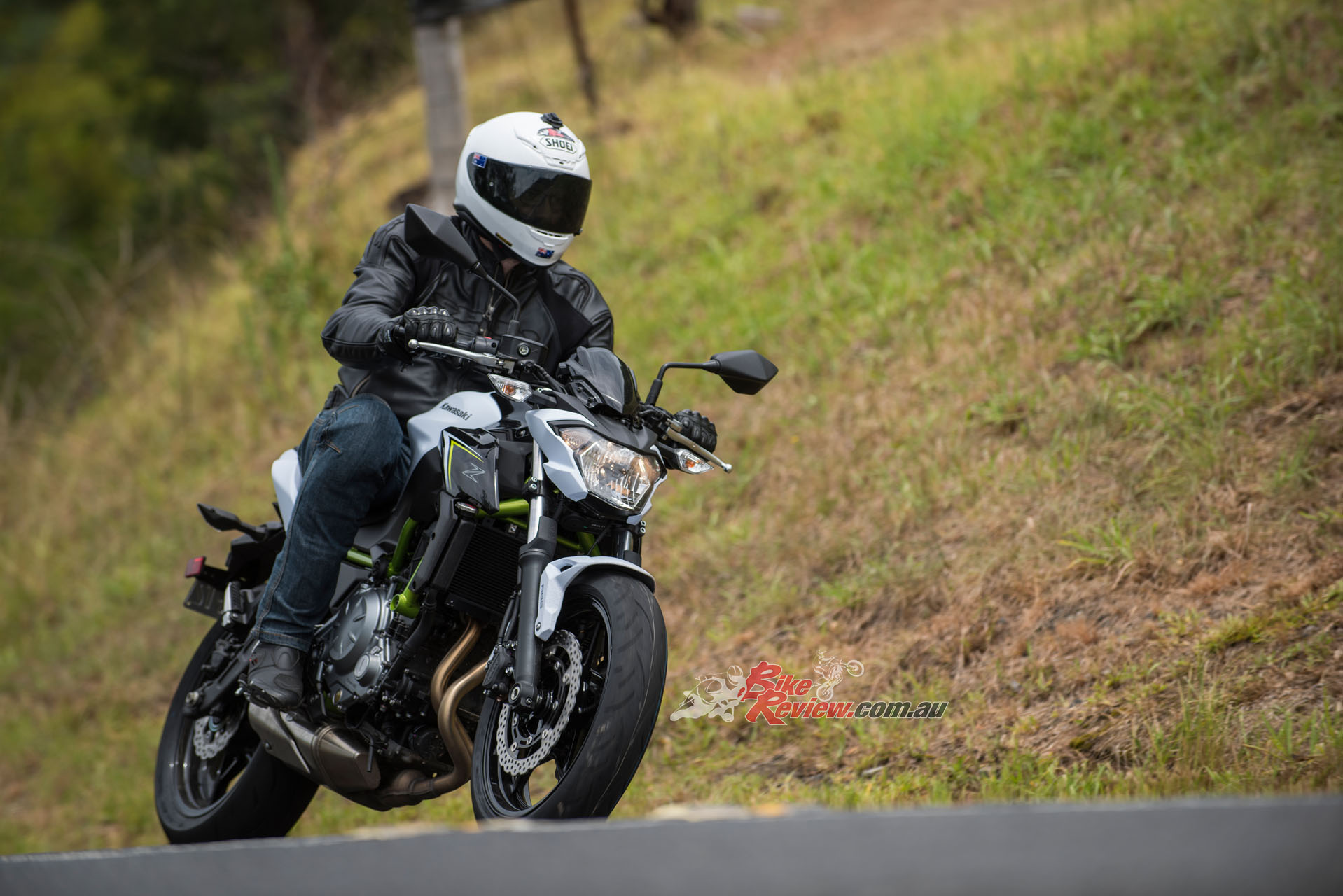 Whether cruising through the hills or fanging it the Z650L is a great all-rounder. The front-end is particularly good.