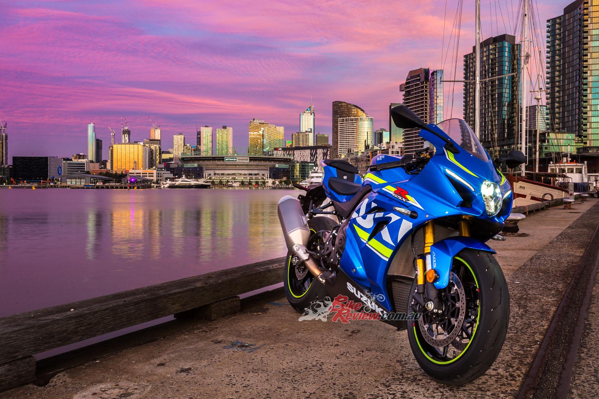 BikeReview 2017 Suzuki GSX-R1000R20170201_1352