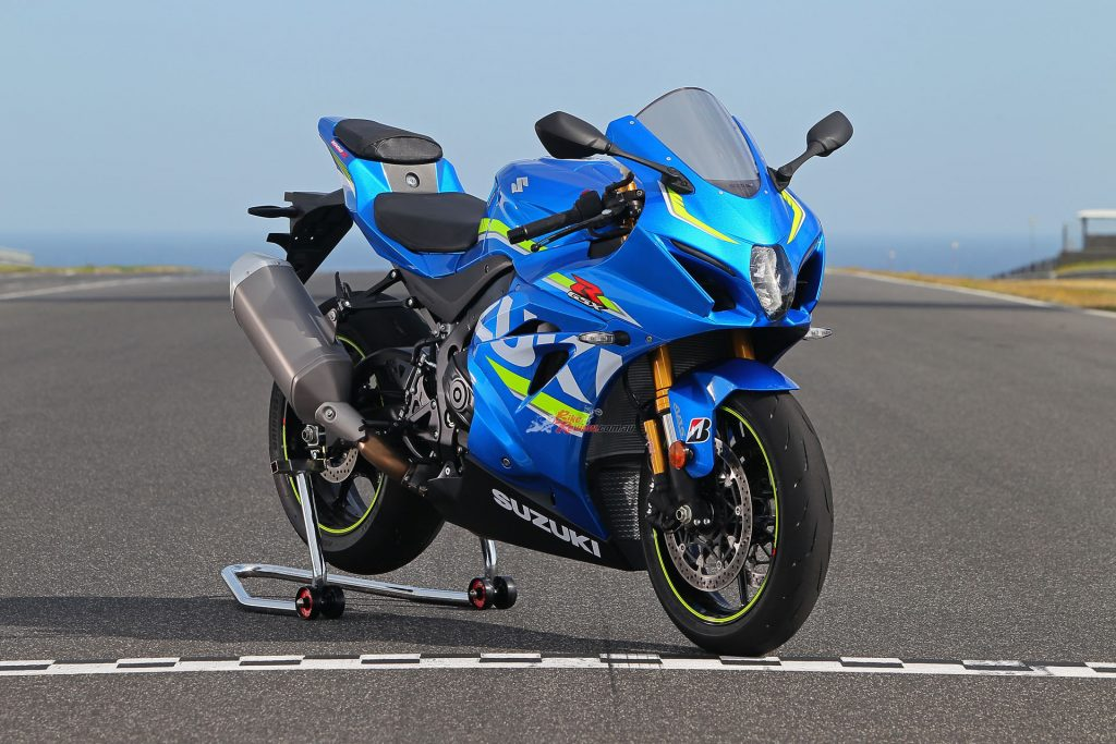 The GSX-R1000R is an all-new machine seven years in the making. Everything is new from chassis to engine and electronics to bodywork. It looks stunning, no doubt about it, with over 600 new parts.