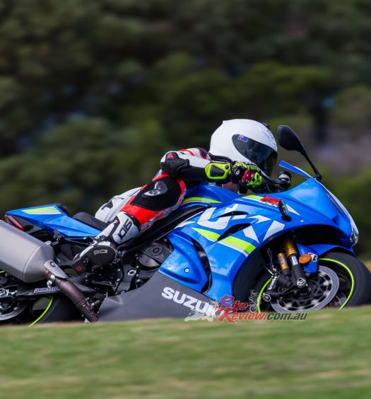 BikeReview 2017 Suzuki GSX-R1000R20170210_1321