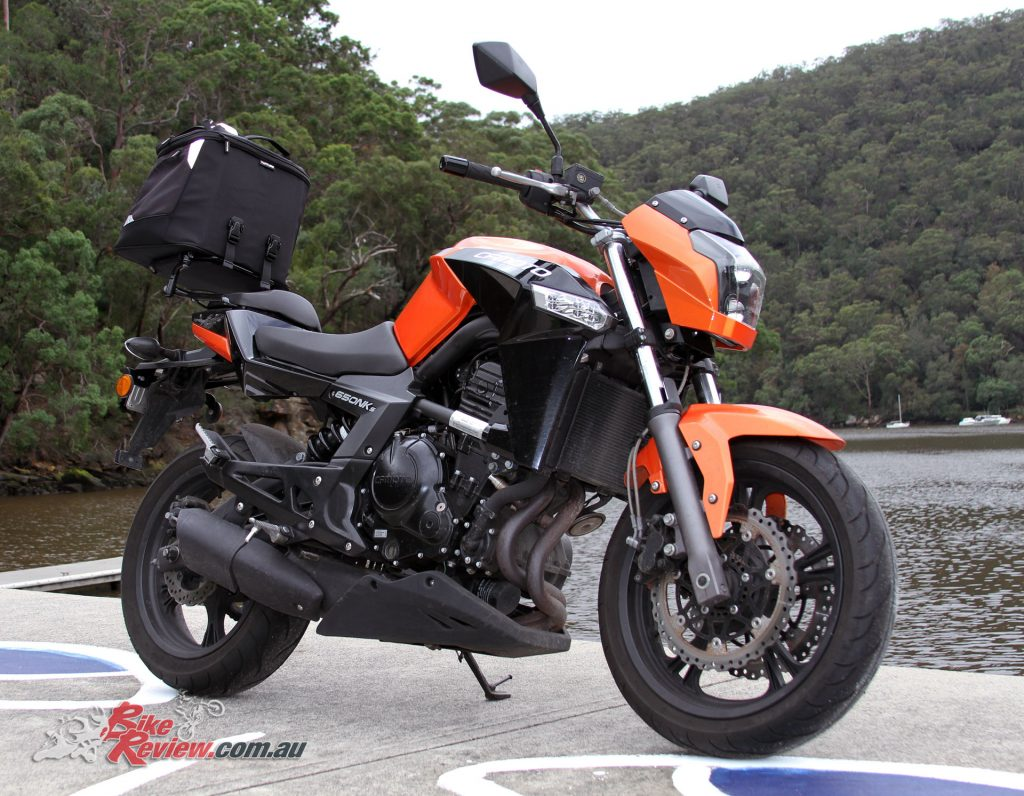 CFMoto 650NKS with Ventura EVO rack and EVO-40 pack
