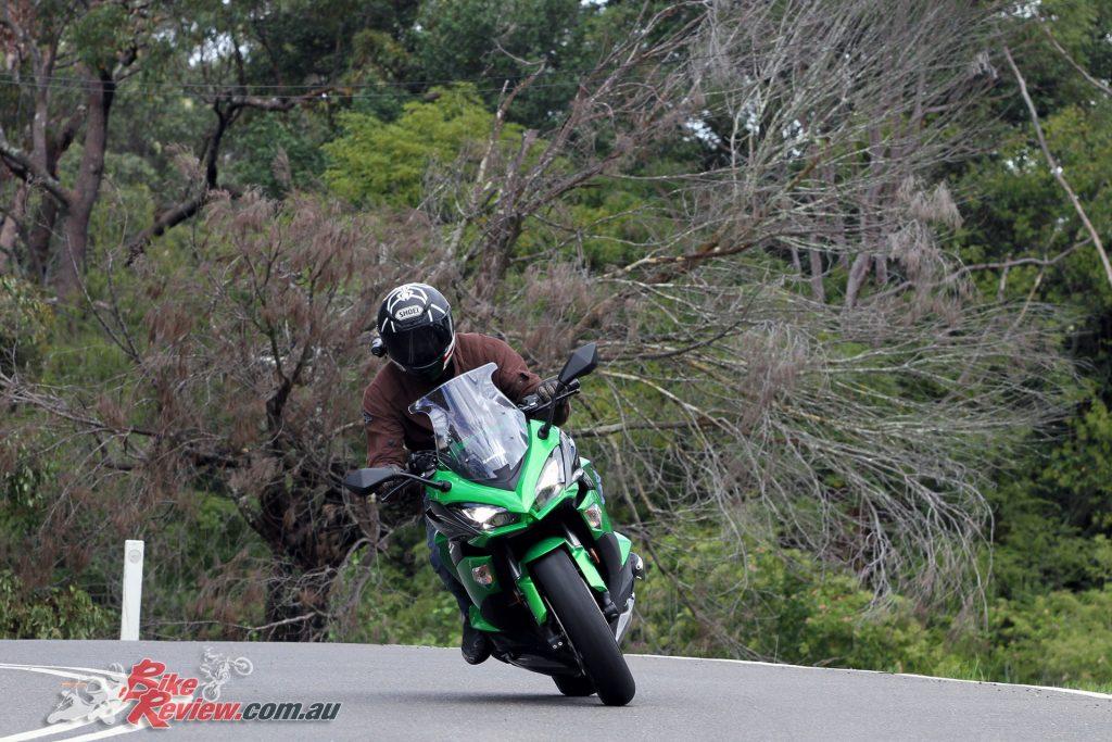 2017 Kawasaki Ninja 1000 - Punting the Ninja along at speed is not easy with the standard set-up.