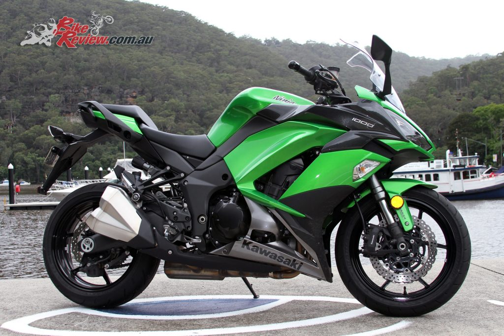 Review: 2017 Kawasaki Ninja 1000 - Bike Review