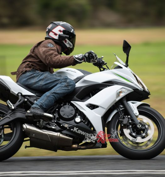 Bike Review 2017 Kawasaki Ninja 650L20170129_1413