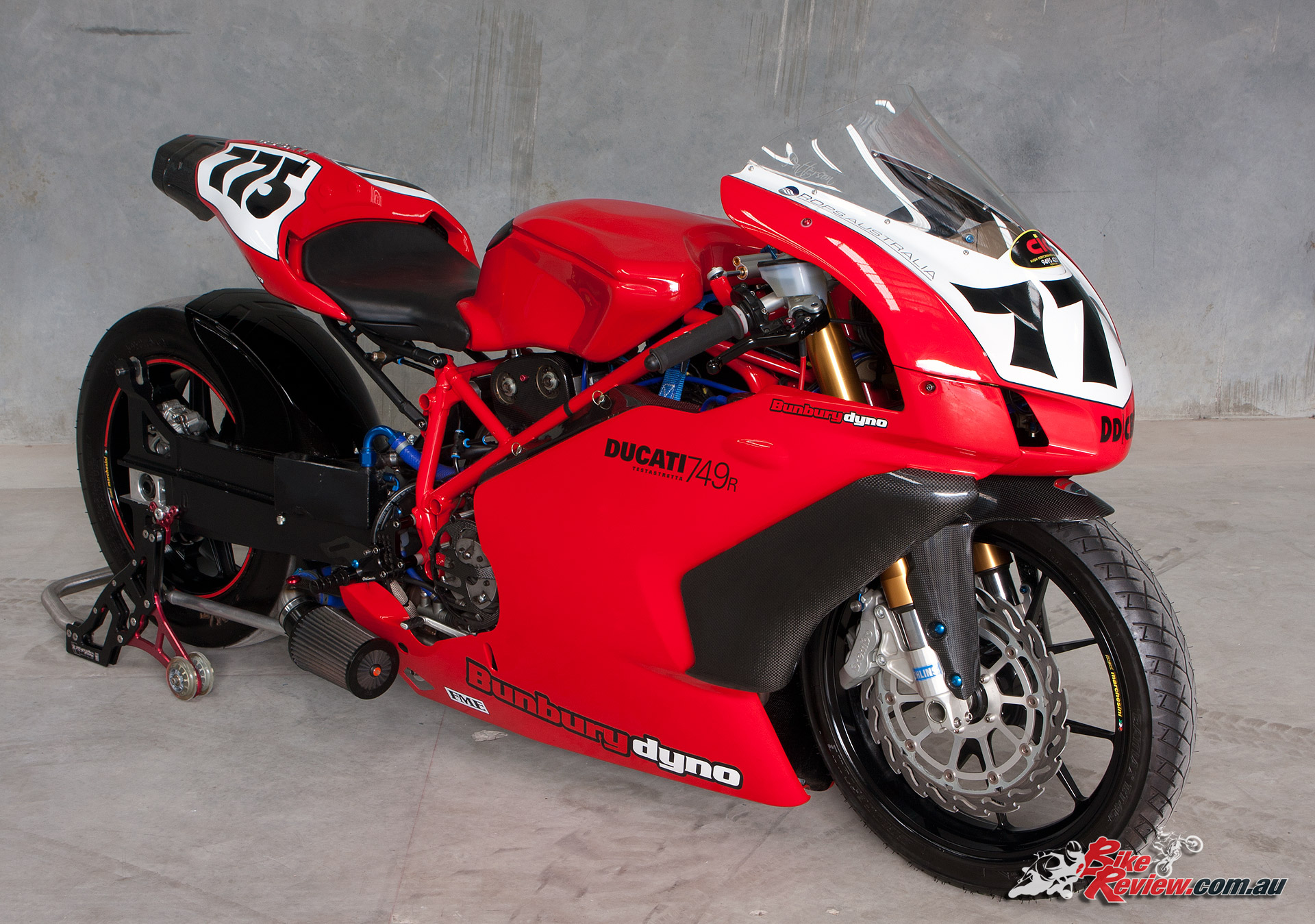 Stretched custom Ducati 749 turbo dragster - Bike Review