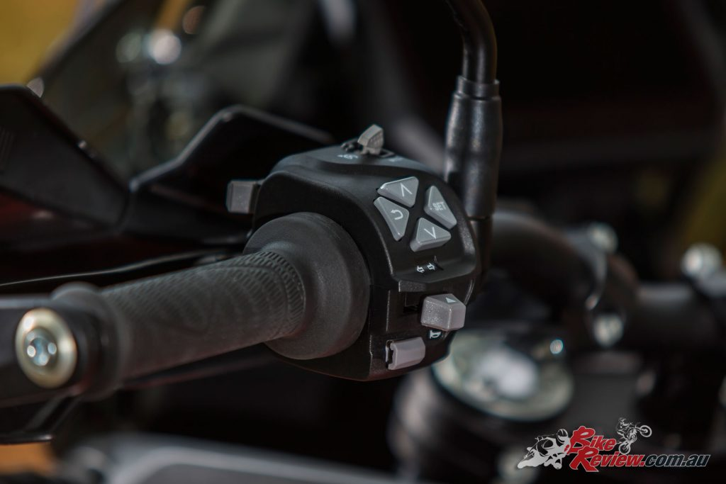 Control of the electronics package via the left switchblock is easy, with plenty of options for varying riding needs