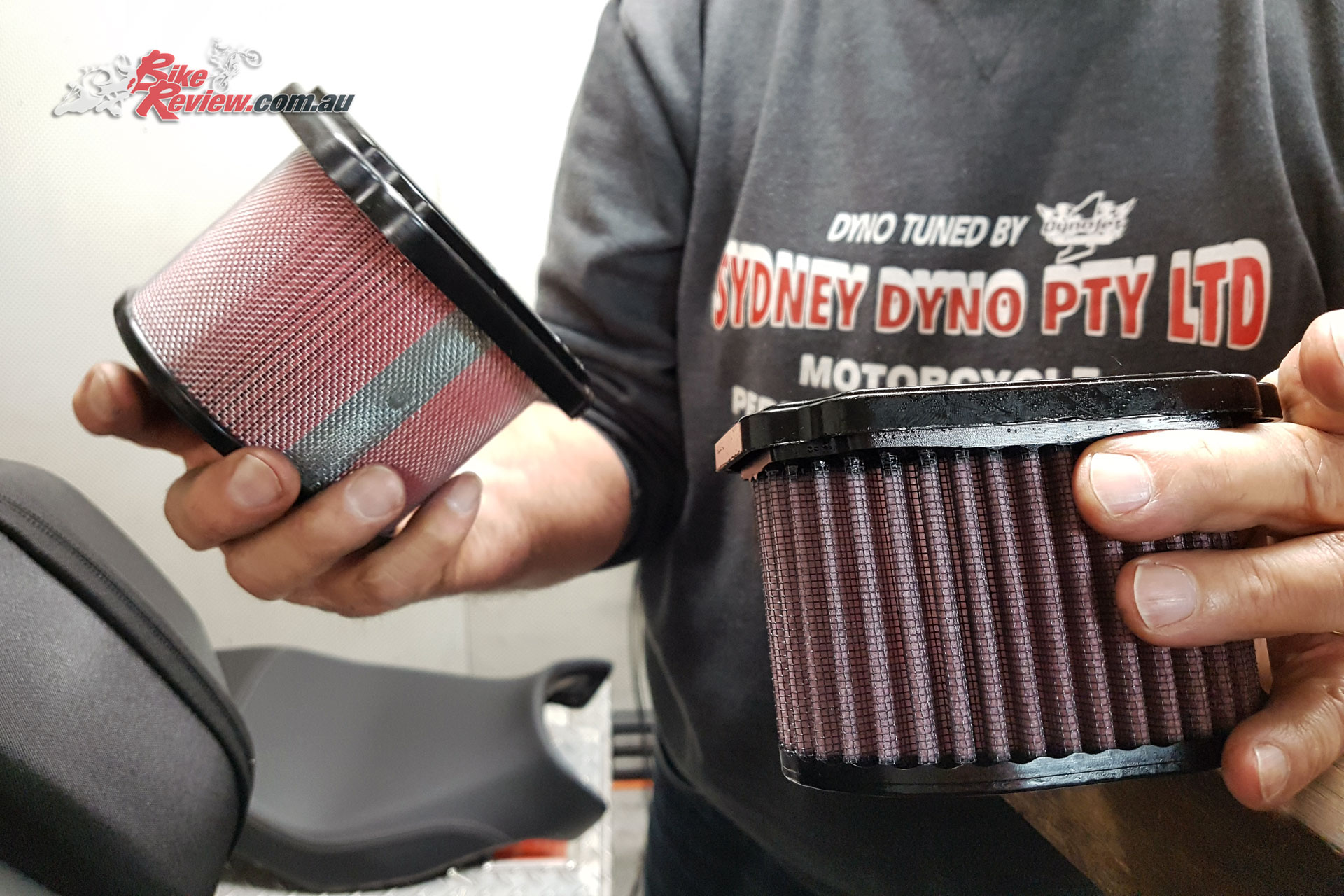 Old (standard filter) versus the new DNA High Performance airfilter