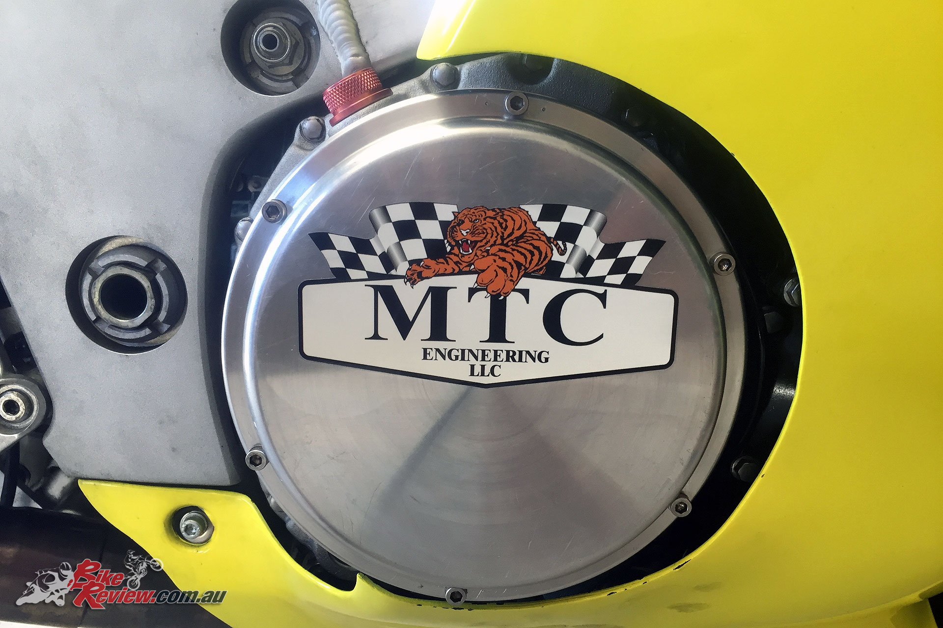 The final job was the new sticker on the LAE Quick Access clutch cover.