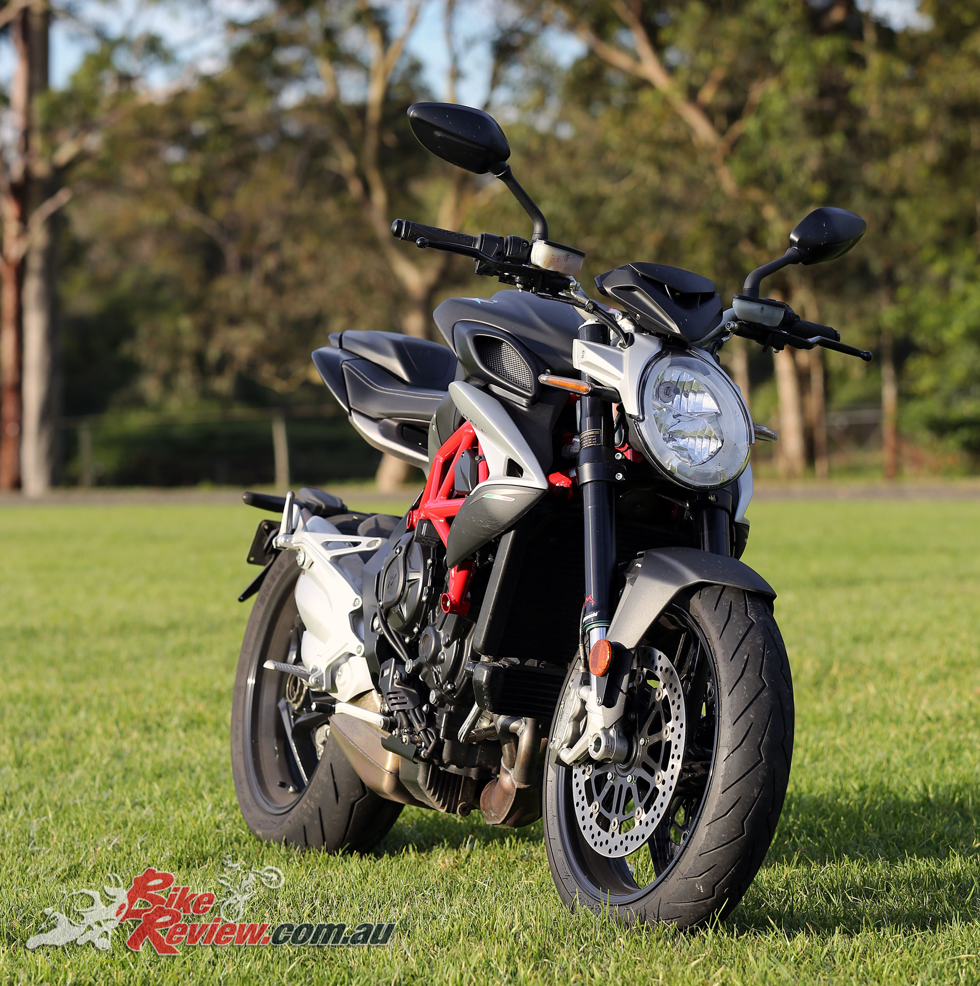 Review: 2017 MV Agusta Brutale 800 - Bike Review