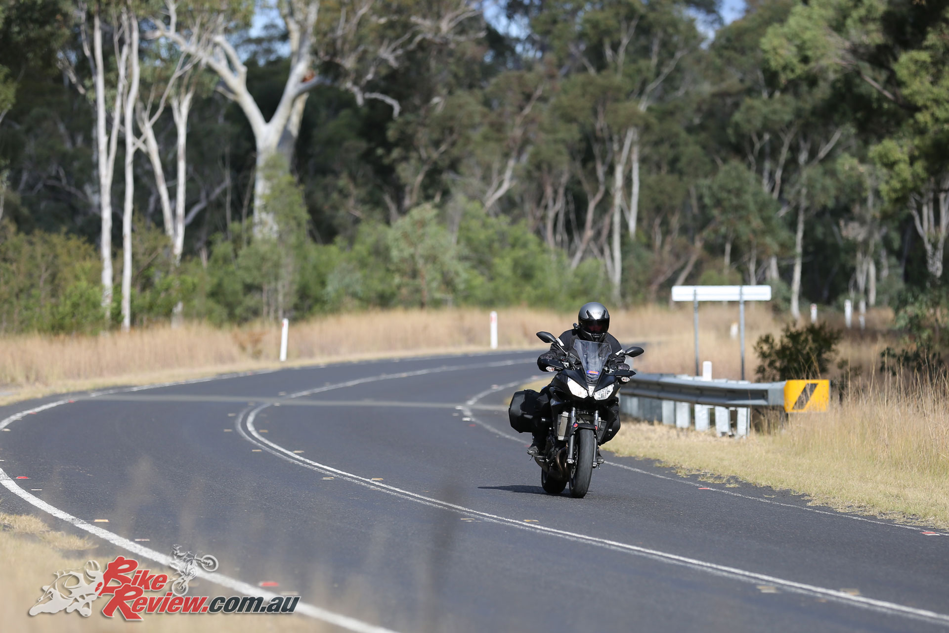 On the open road the MT-07 Tracer is everything you'd expect, comfortable, well damped, a little restrained compared to a sportsbike, but still offering good strong performance.