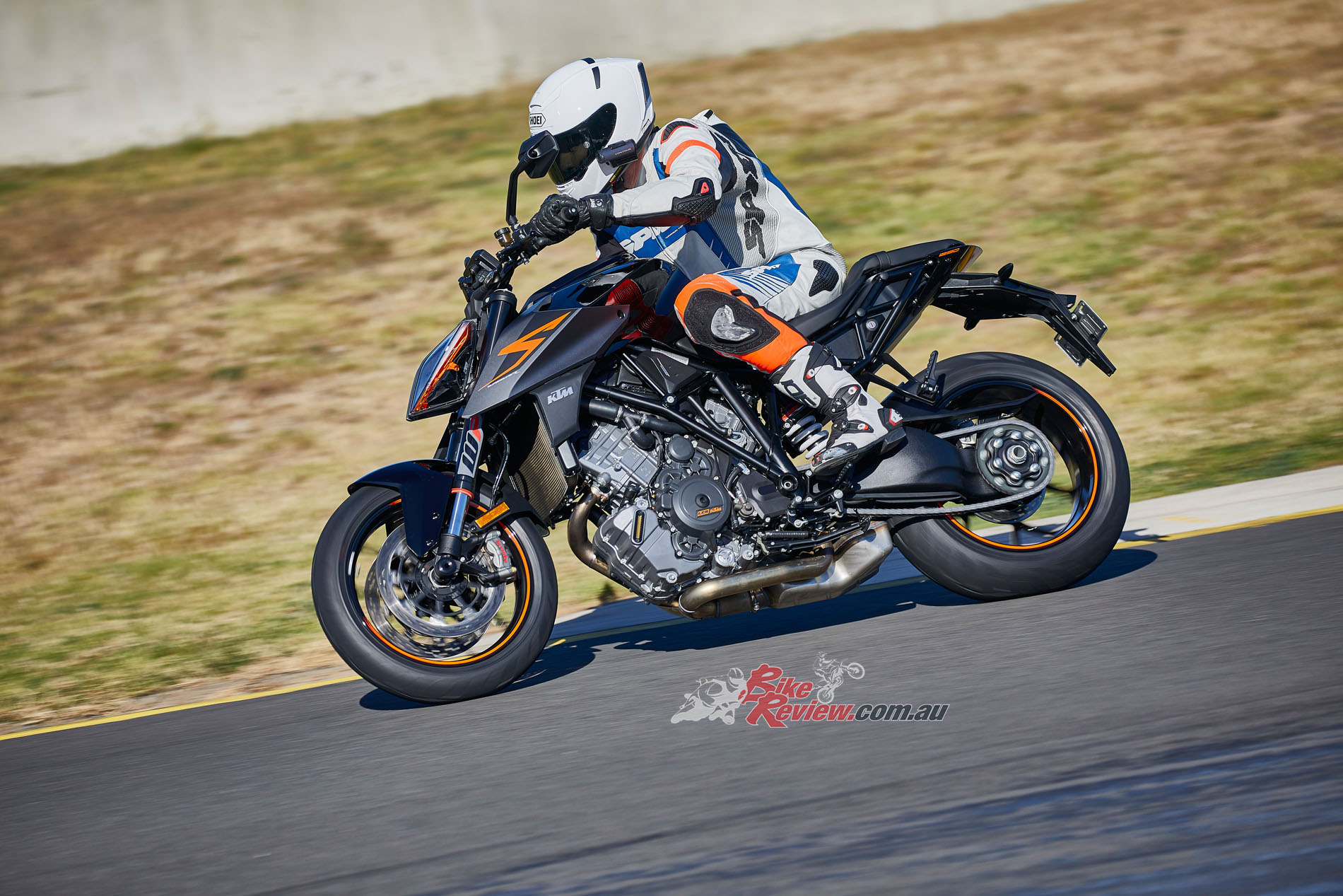 BikeReview 2017 KTM 1290 Super Duke R20170601_1653