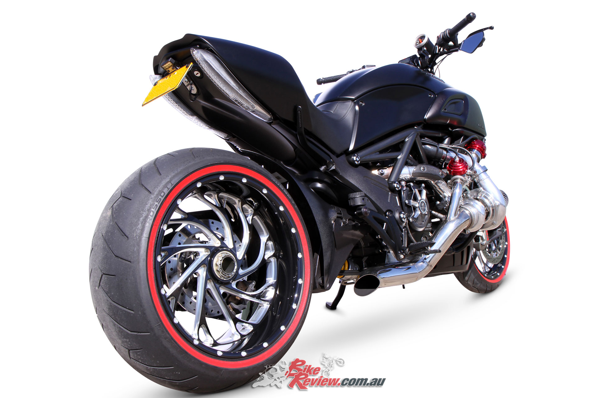 custom turbo 39 d super cruiser ducati diavel bike review. Black Bedroom Furniture Sets. Home Design Ideas