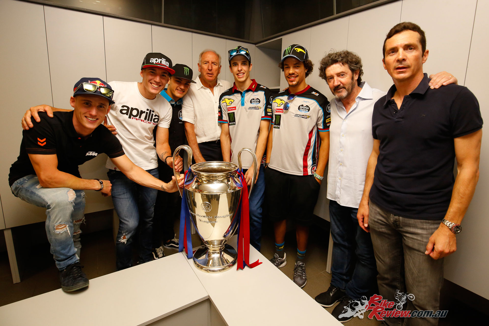 Former FCB players Carles Rexach, Jose Mari Bakero and Guillermo Amor with the MotoGP riders
