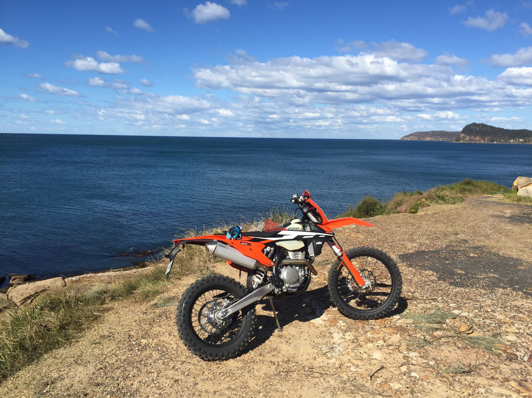 The 350 EXC-F is a real surprise when it comes to how light and nimble the bike feels, especially compared to the larger capacity options