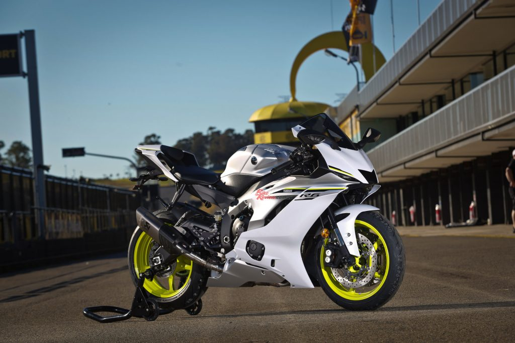 The 2017 Yamaha YZF-R6 here in stunning Intensity White.