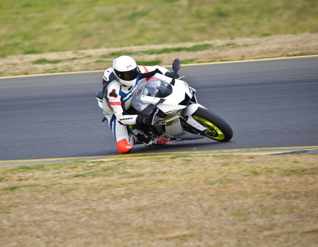 Short-shifting into turn three was easy now with the new QSS or quickshifter. The R6 also had good drive and acceleration up the hill to turn four. It was great fun to ride.