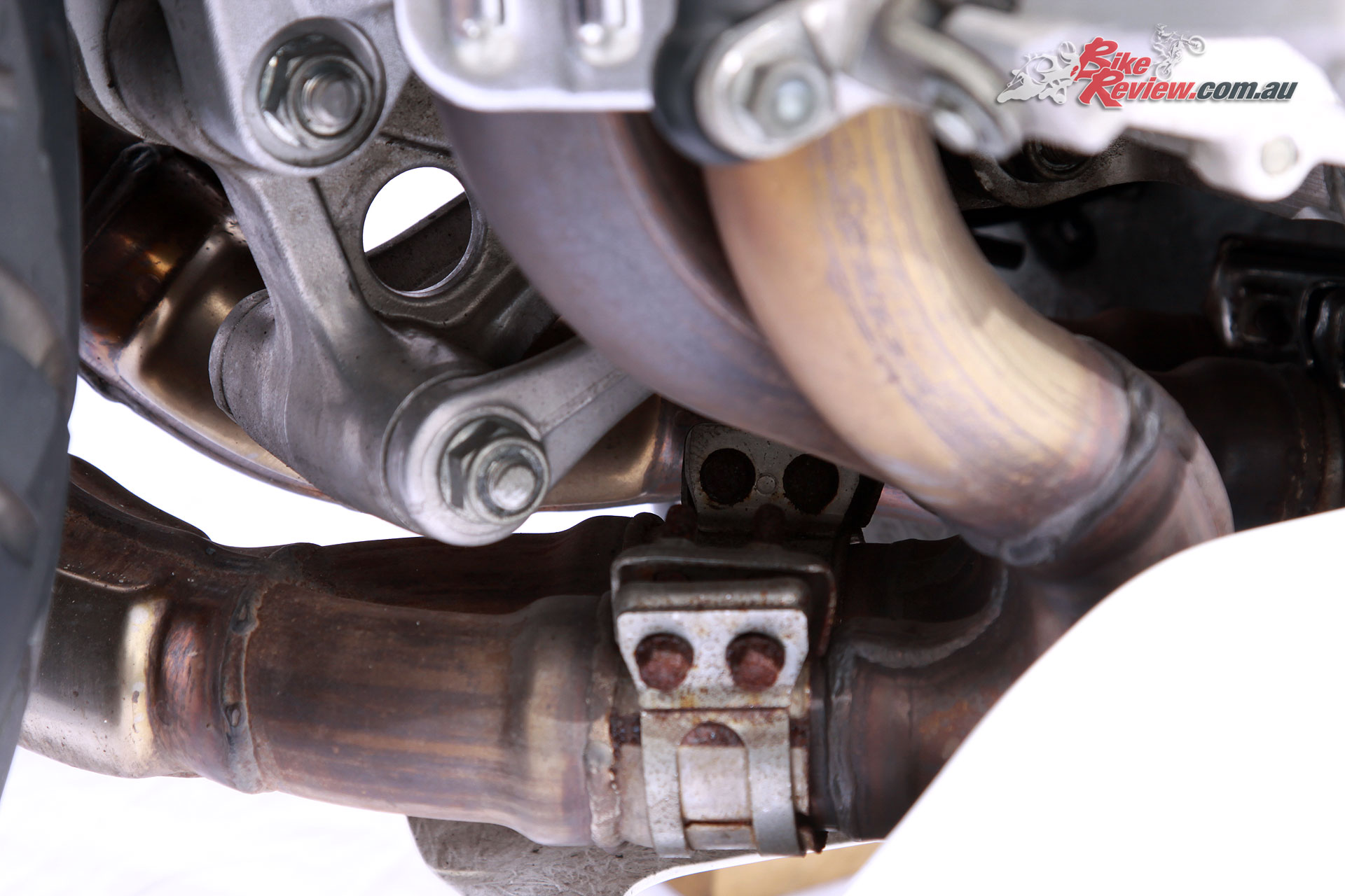 A fully adjustable Showa rear shock with HRC engineered linkages were also featured