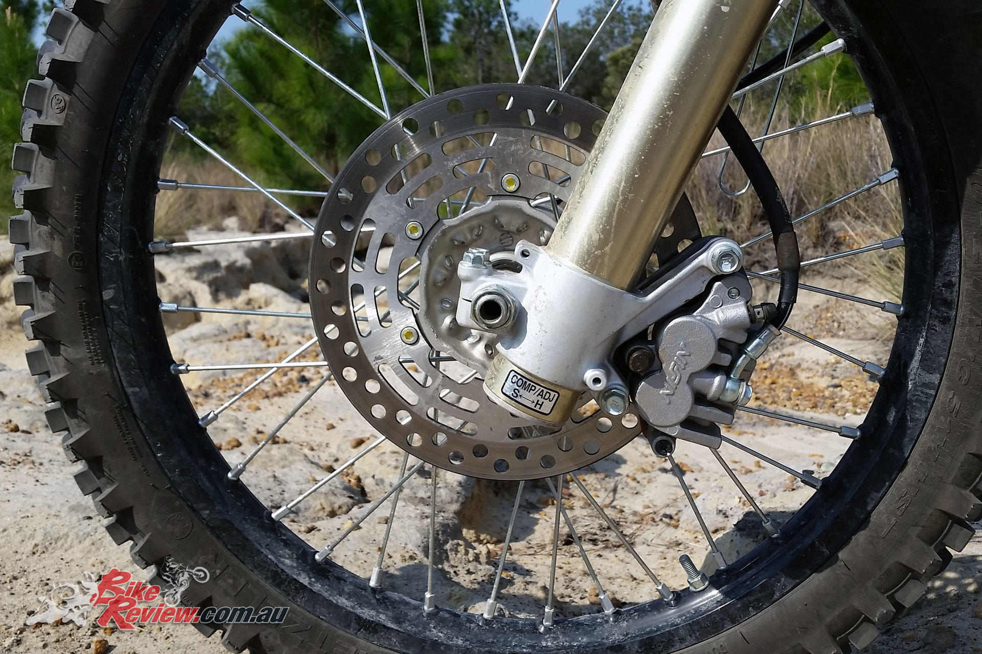 2018 Suzuki DR-Z400, Nissin twin-piston caliper, 250mm rotor
