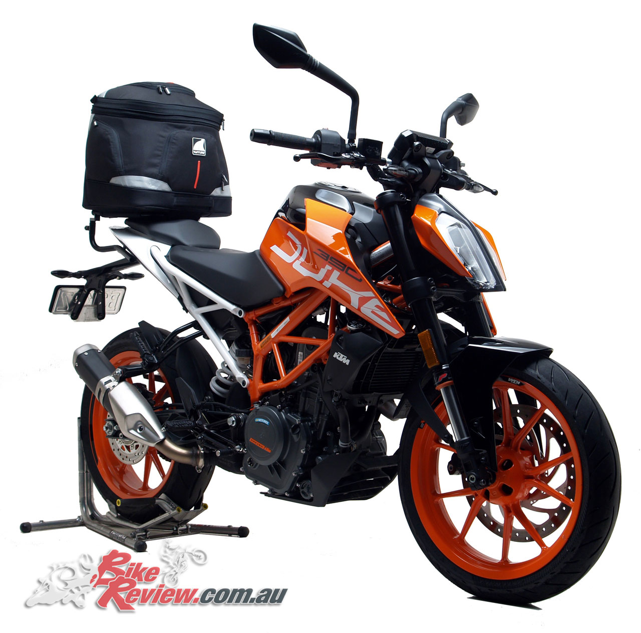 Ventura EVO-40 Touring Kit 40L on the 2017 KTM 390 Duke
