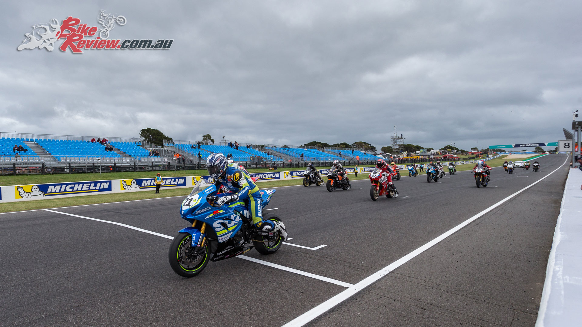 Josh Waters leads the race start - Image by Andrew Gosling/tbgsport