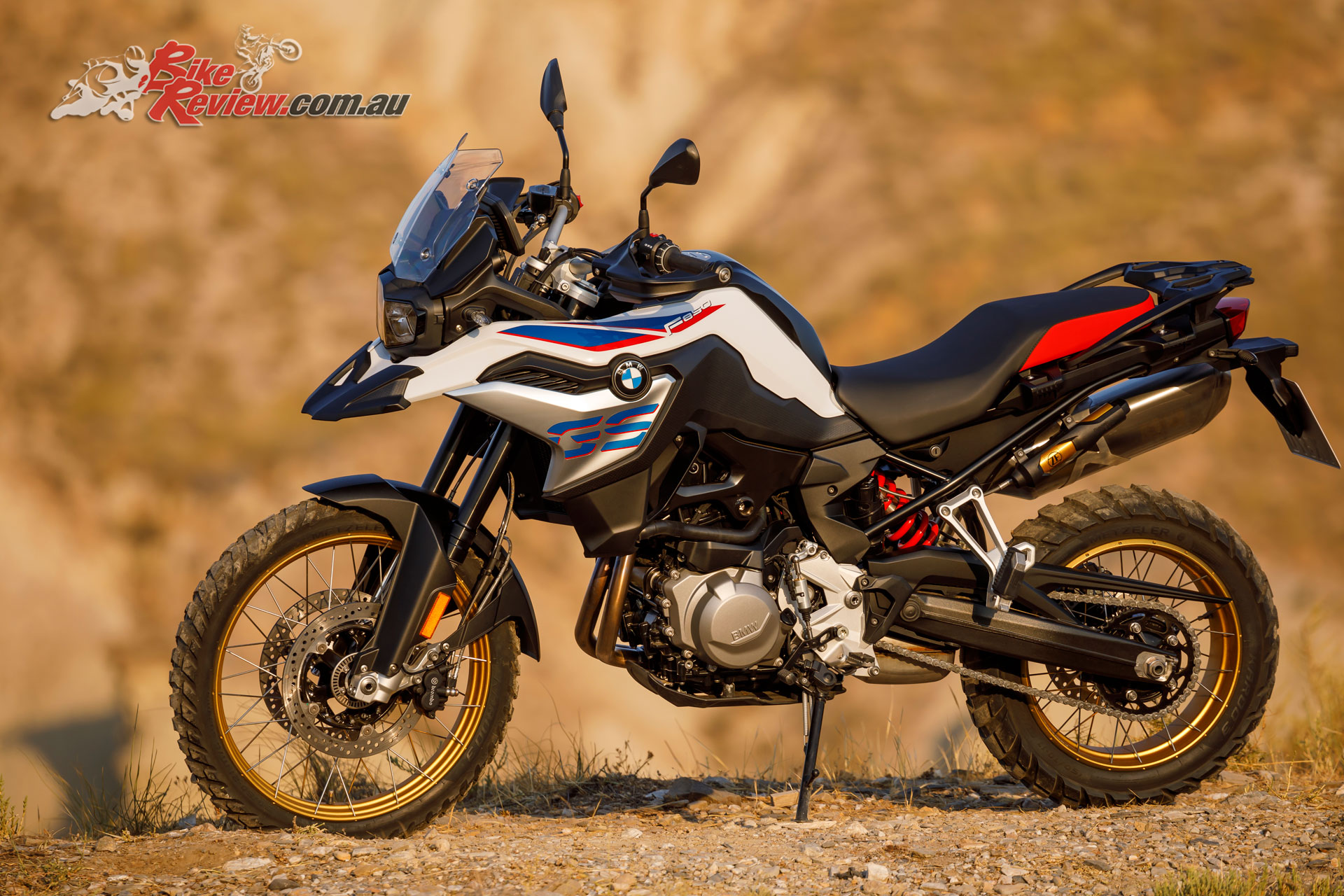 bmw unveil new 2018 f 750 850 gs c 400 x and k 1600 grand. Black Bedroom Furniture Sets. Home Design Ideas