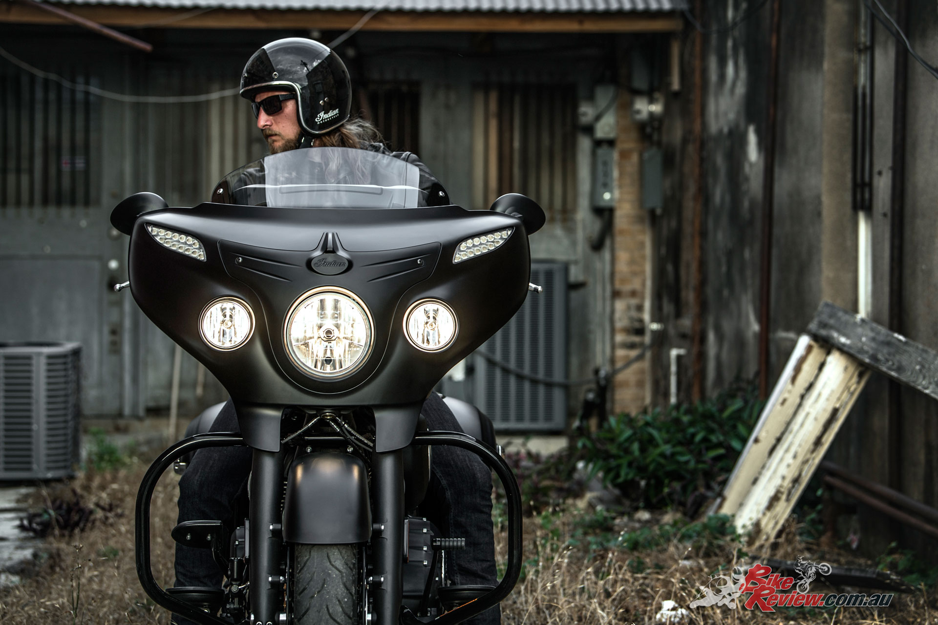 2018-Indian-Darkhorse-Thunderblack-0707