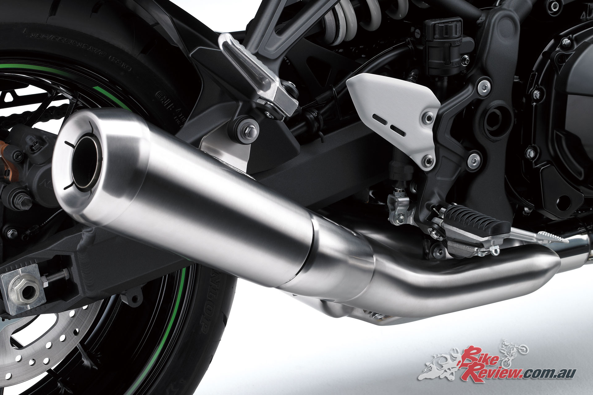 The Z900RS exhaust is great for a manufacturer standard in this day and age