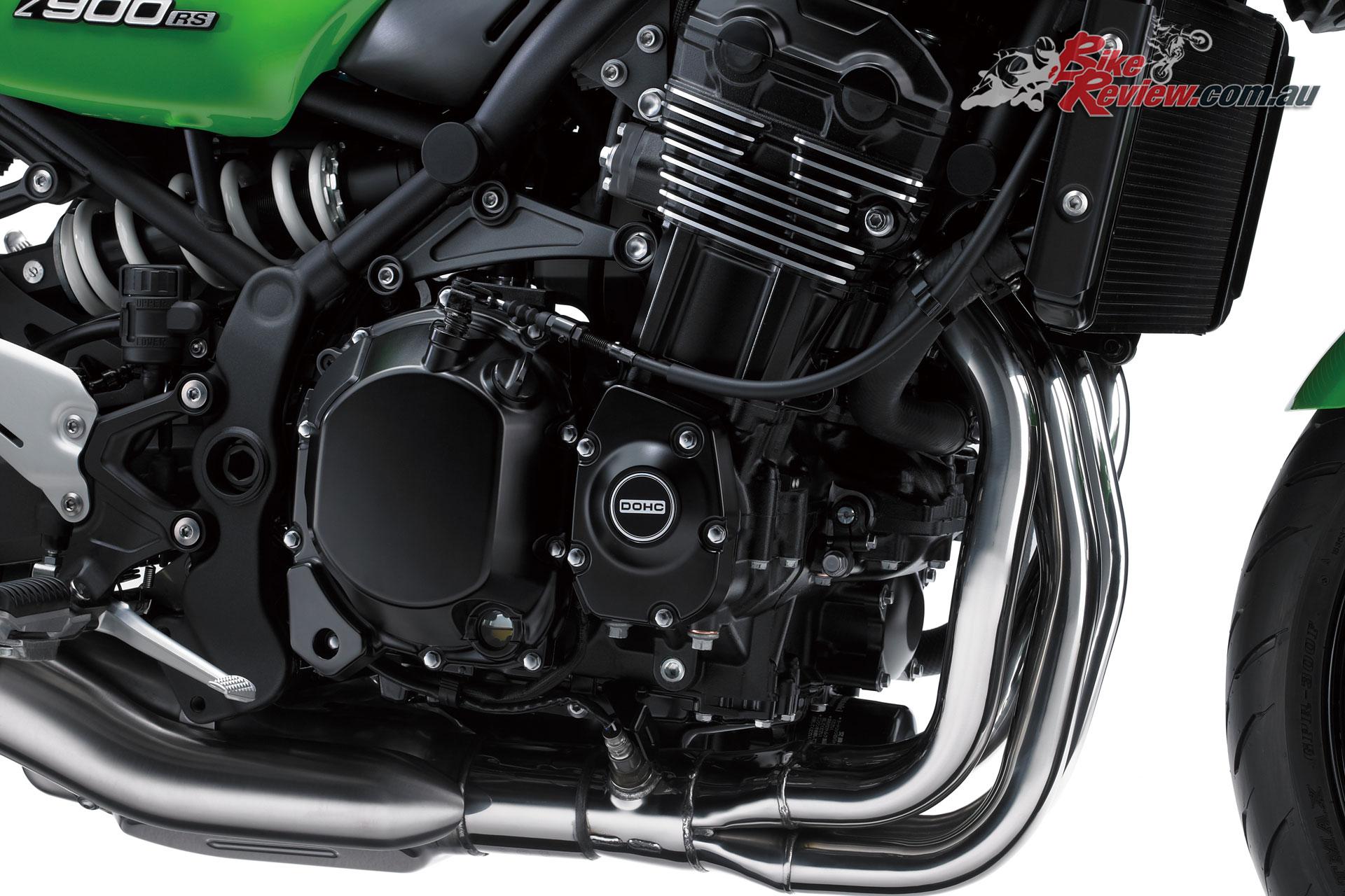 2018 Kawasaki Z900RS Cafe engine