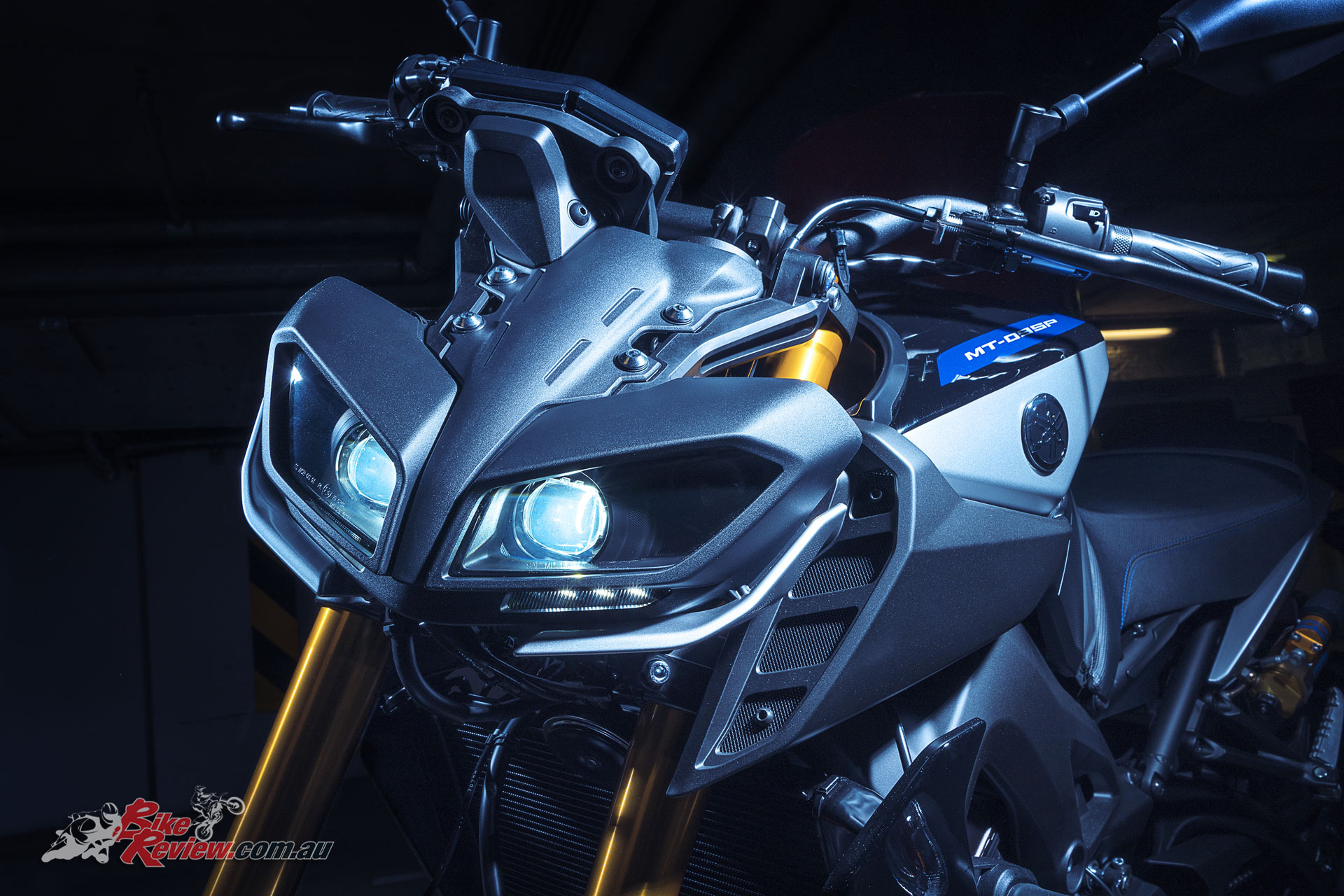 Yamaha unveil new tracer gt mt 09 sp at eicma bike review for Yamaha mt 9