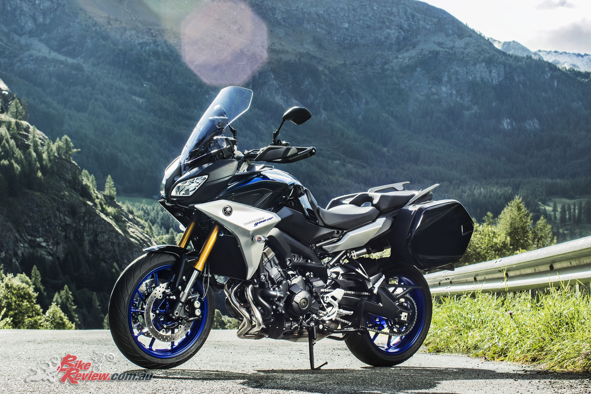 Yamaha unveil new Tracer GT & MT-09 SP at EICMA - Bike Review