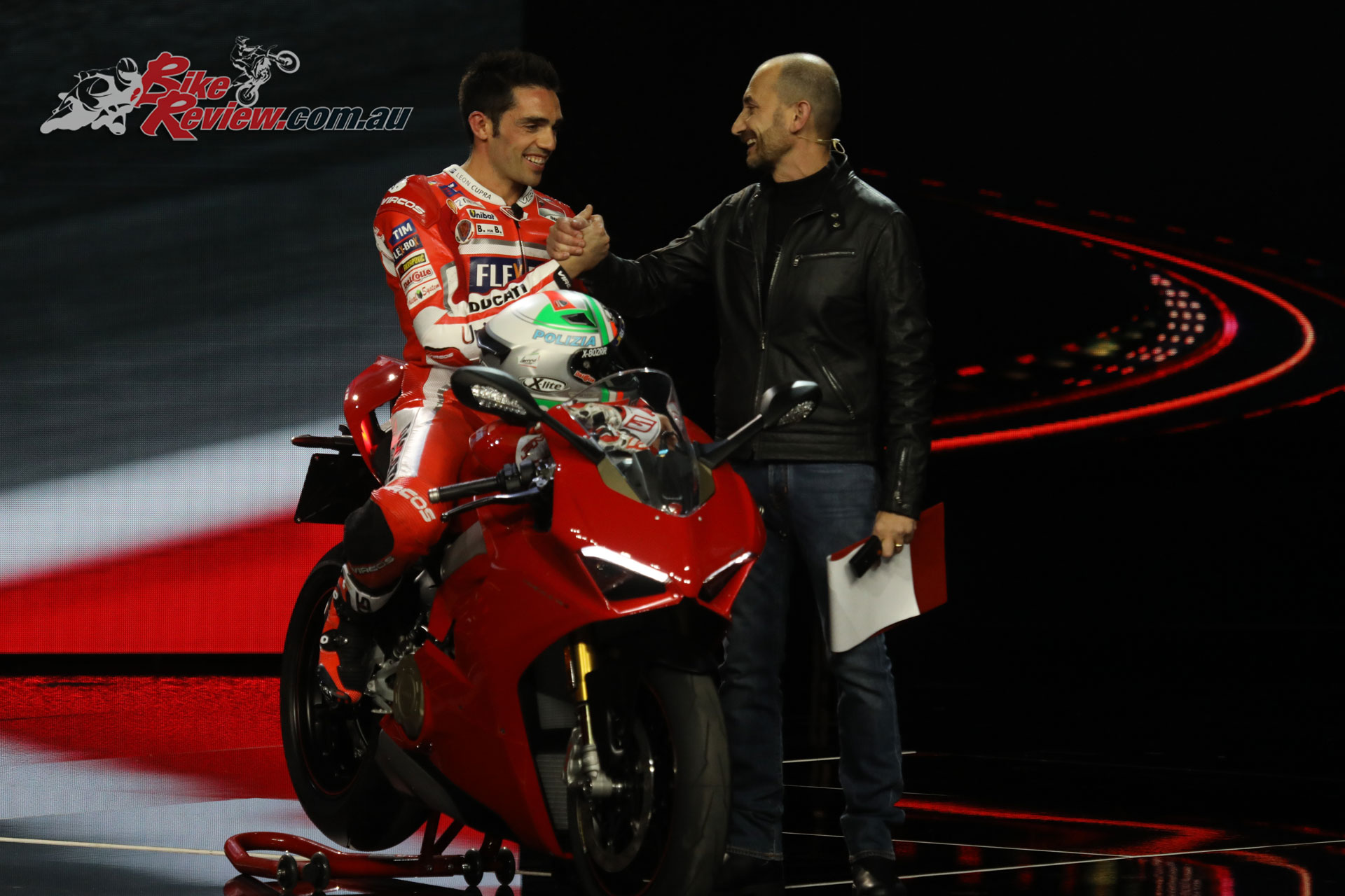 Michele Pirro presents the 2018 Panigale V4