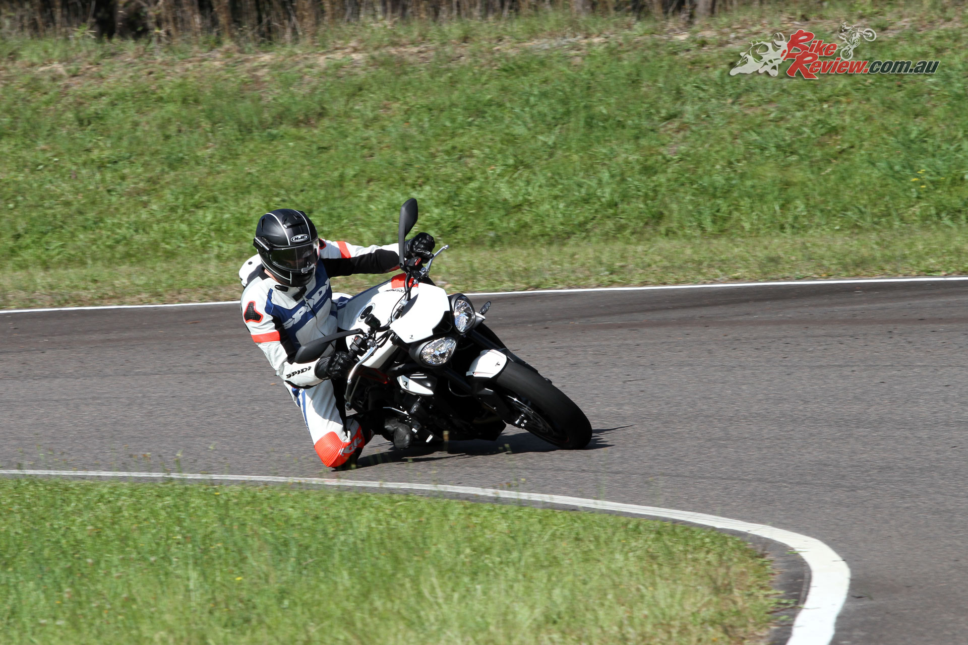 The Street Triple further proved its geometry and chassis in the latest iteration